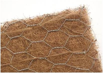 Kokosová rohož s drátěným pletivem