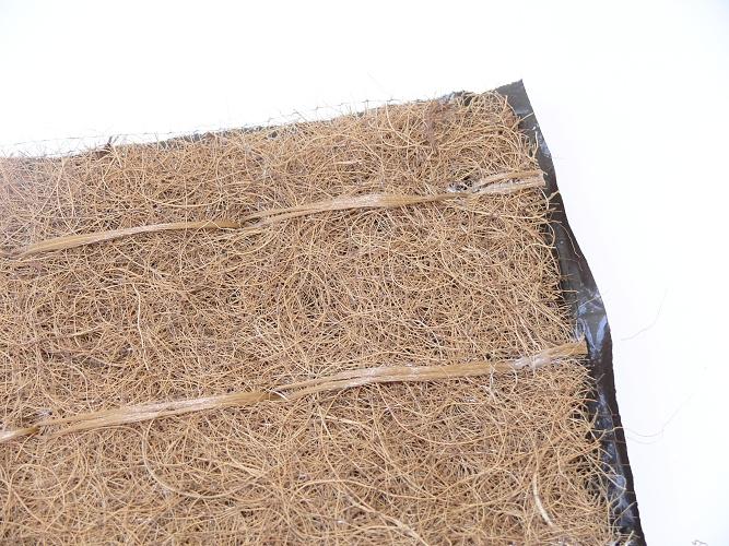 Kokosová mulčovací rohož s PP síťovinou a fólií – Geomat K-PF 30x1,2m
