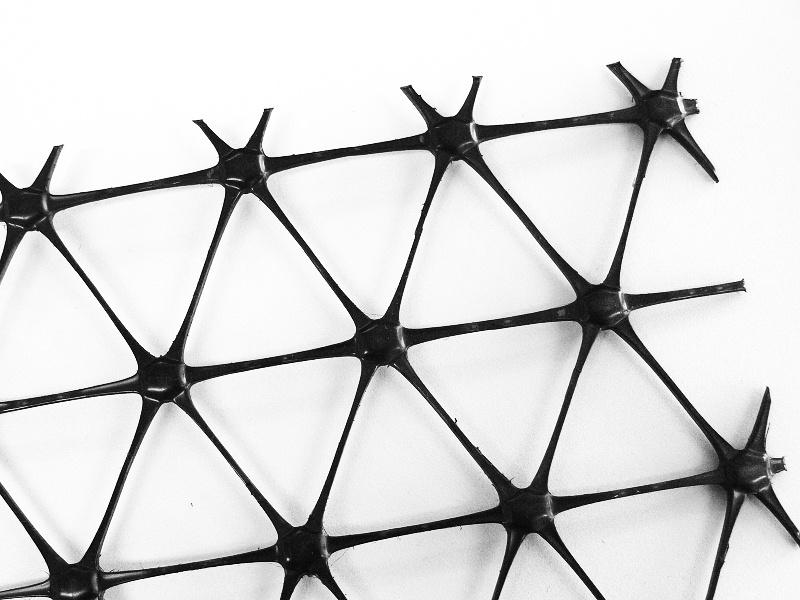 Trojosá monolitická geomříž – Tensar TriAx TX190-LG 50x3,80m